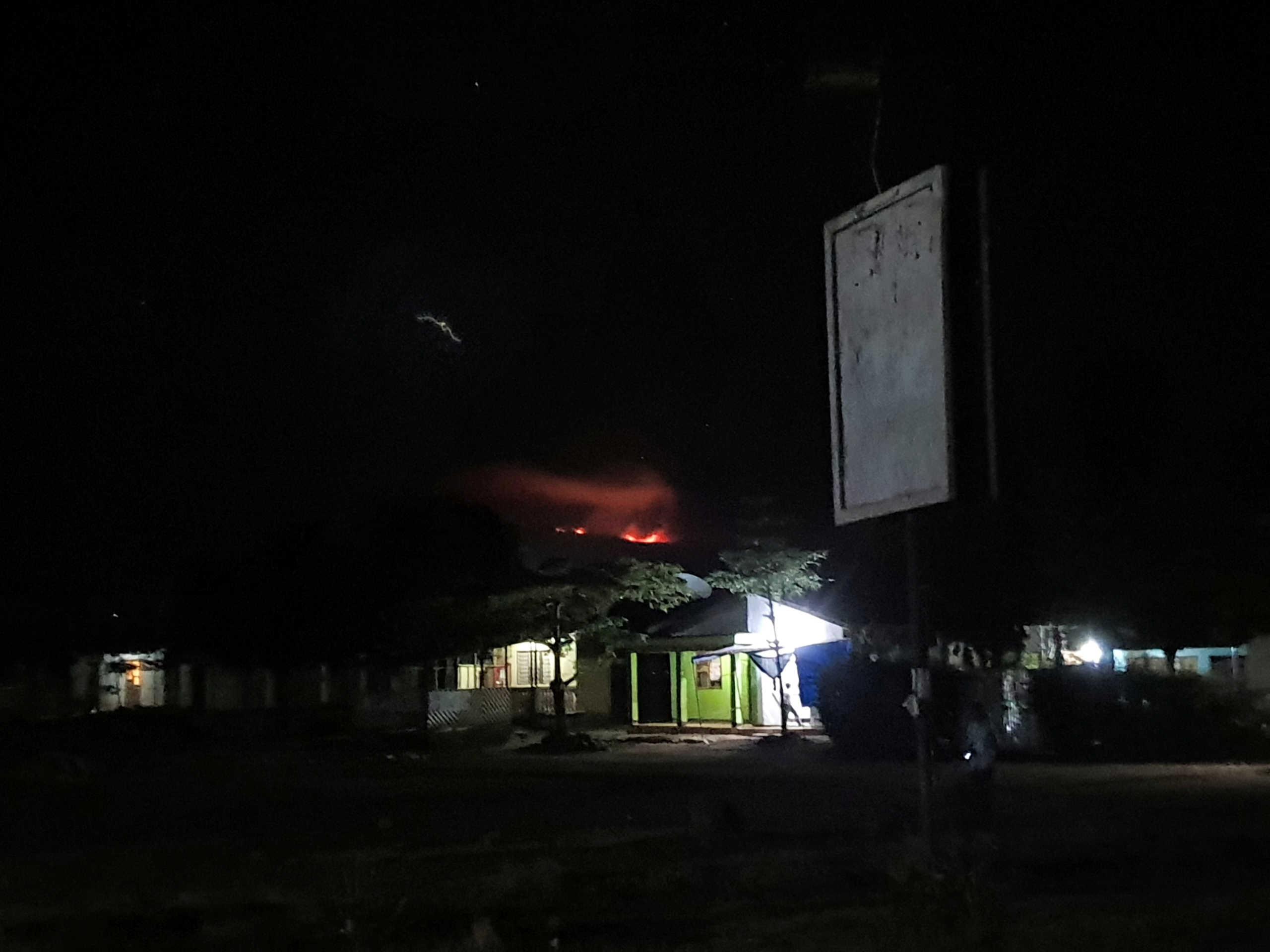 Τανζανία: Μάχη με τις φλόγες στο Κιλιμάντζαρο