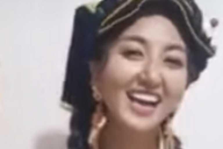 """Δολοφονία σε """"ζωντανή"""" μετάδοση! Μπλόγκερ πυρπολήθηκε από τον πρώην της (video)"""