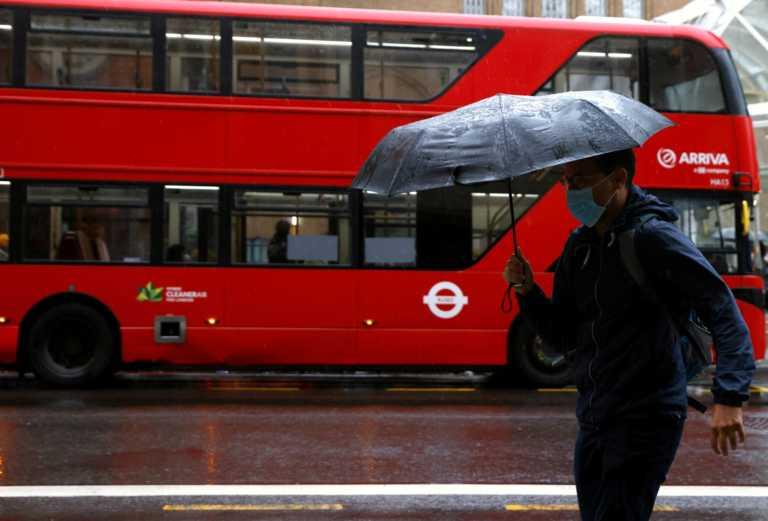 Κορονοϊός: 7.000 νέα κρούσματα στη Βρετανία – Άλλοι 59 νεκροί