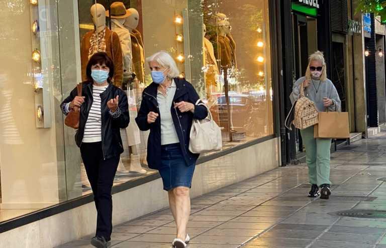 Θεσσαλονίκη: Μάσκες παντού και παρατράγουδα! Έτσι τέθηκαν σε ισχύ τα νέα μέτρα για τον κορονοϊό (Βίντεο)