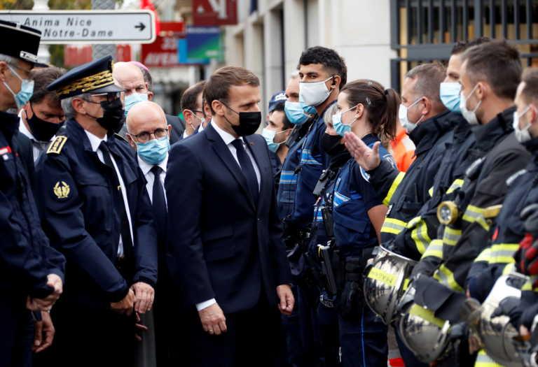 Τζόνσον, Ρούτε, Πάπας Φραγκίσκος για Γαλλία: Οι σκέψεις και οι προσευχές μας με τον γαλλικό λαό