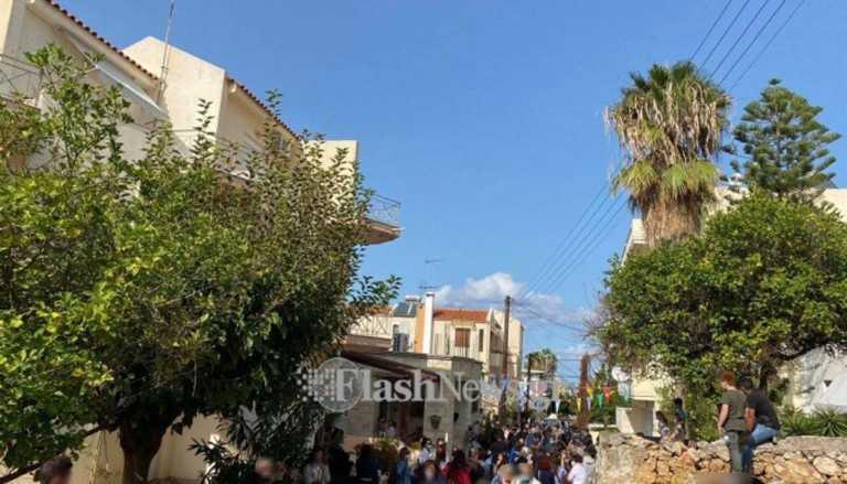 Συνωστισμός και ένταση σε εκκλησάκι του Αγίου Δημητρίου στα Χανιά