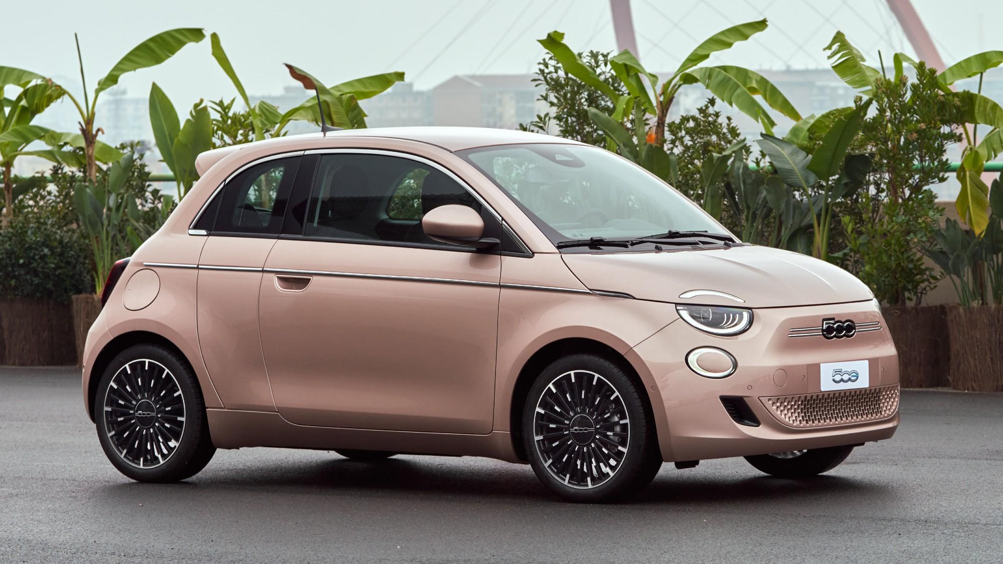 Πόσο κοστίζει το ηλεκτρικό FIAT 500e στην Ελλάδα;