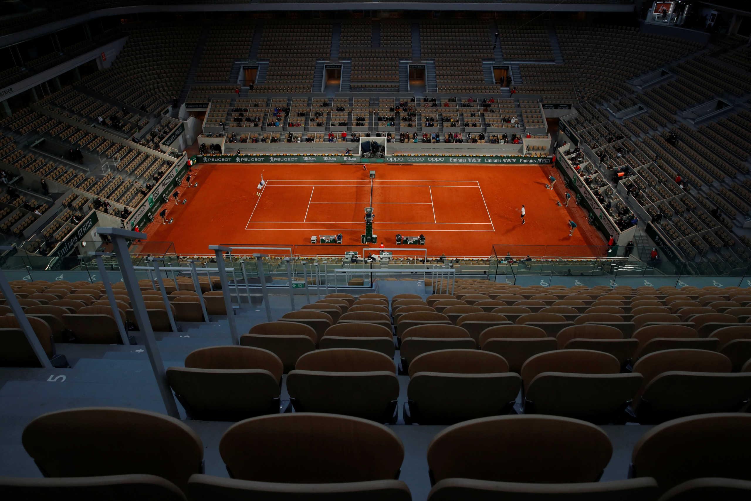 Ο Μακρόν άλλαξε το ωράριο απαγόρευσης κυκλοφορίας λόγω Roland Garros και αποθεώθηκε
