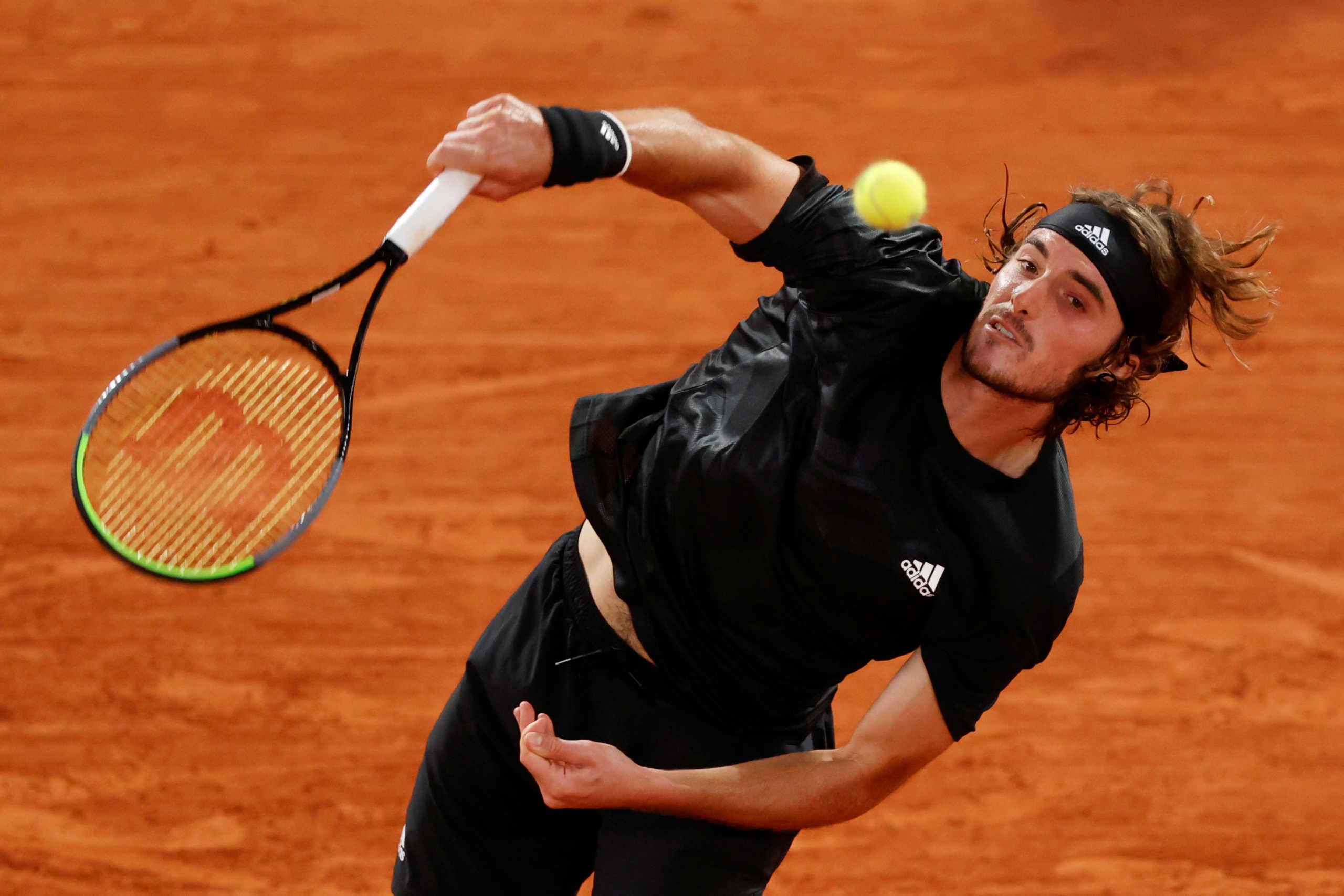 """Τσιτσιπάς – Ρούμπλεφ 3-0 ΤΕΛΙΚΟ: Μεγάλη πρόκριση στους """"4"""" του Roland Garros"""