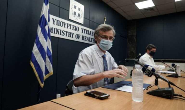 """Τσιόδρας: """"Ποτέ άλλοτε στην σύγχρονη Ελλάδα τόσος κόσμος σε ΜΕΘ""""! Ποια είναι η «κόκκινη γραμμή»"""