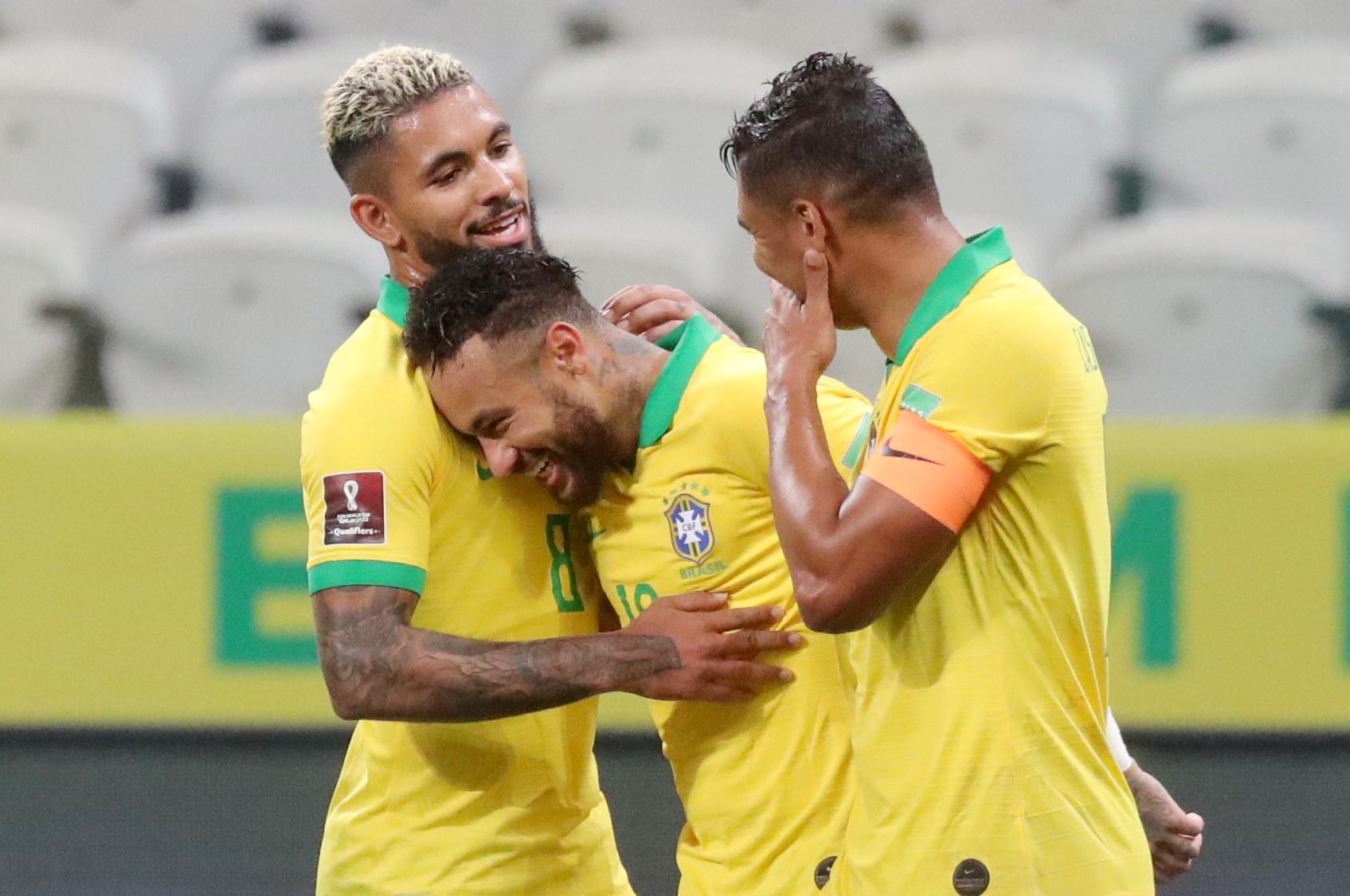 """Προκριματικά Μουντιάλ: Ο Φιρμίνιο """"λύτρωσε"""" την Βραζιλία και την έστειλε στην κορυφή (videos)"""
