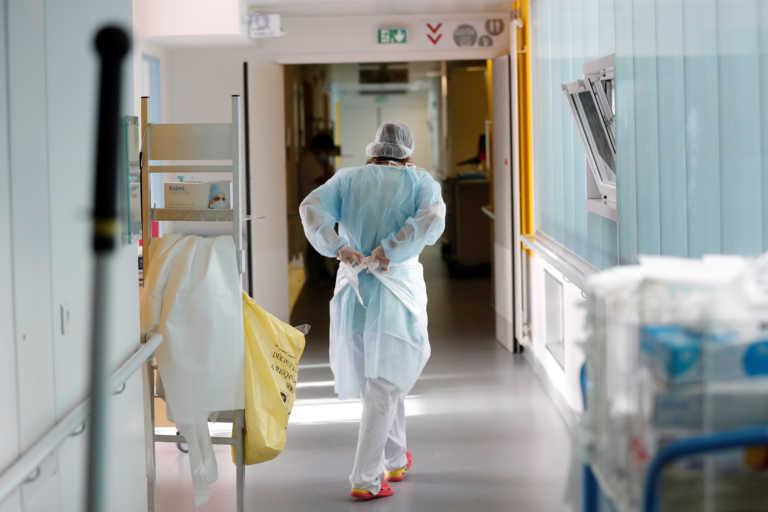 Κορονοϊός: Νέο σοκ στη Γαλλία – Αρνητικό ρεκόρ με πάνω από 45.000 κρούσματα σε μια μέρα