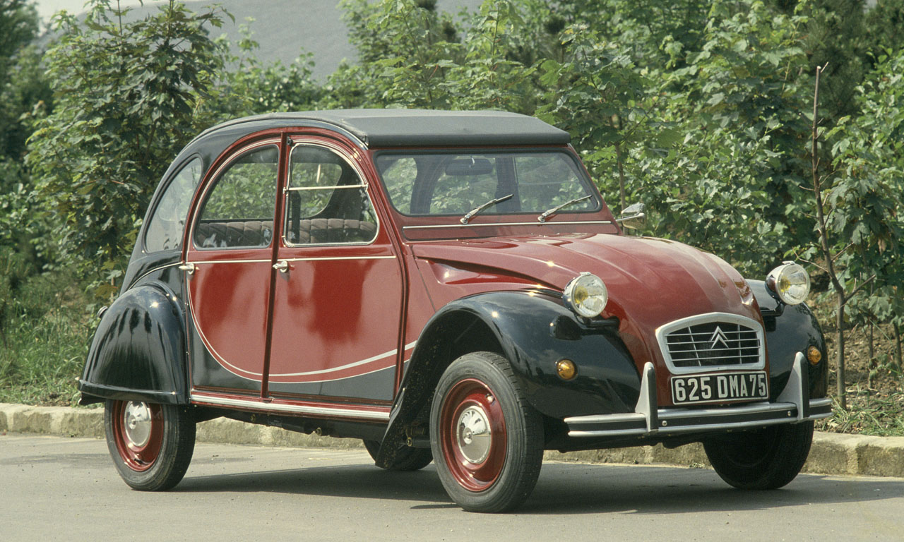 To Citroen 2CV Charleston κλείνει τα 40 [vid]