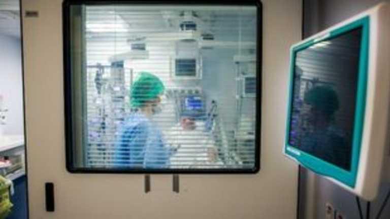 Κορονοϊός – ΗΠΑ: 300.000 περισσότεροι θάνατοι φέτος σε σχέση με πέρυσι