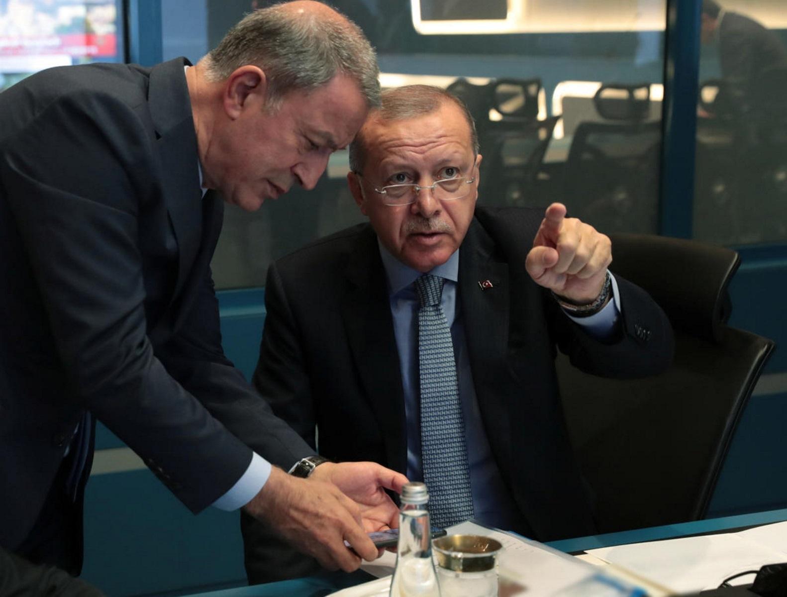 """Τουρκία: Ο Ακάρ θέτει ξανά ζήτημα """"γκρίζων ζωνών"""" στο Αιγαίο"""