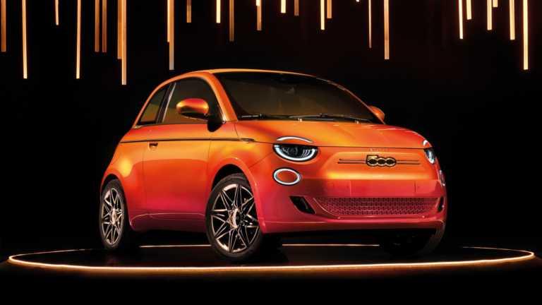 Το ηλεκτρικό FIAT 500 θα αποκτήσει και τετράθυρη έκδοση