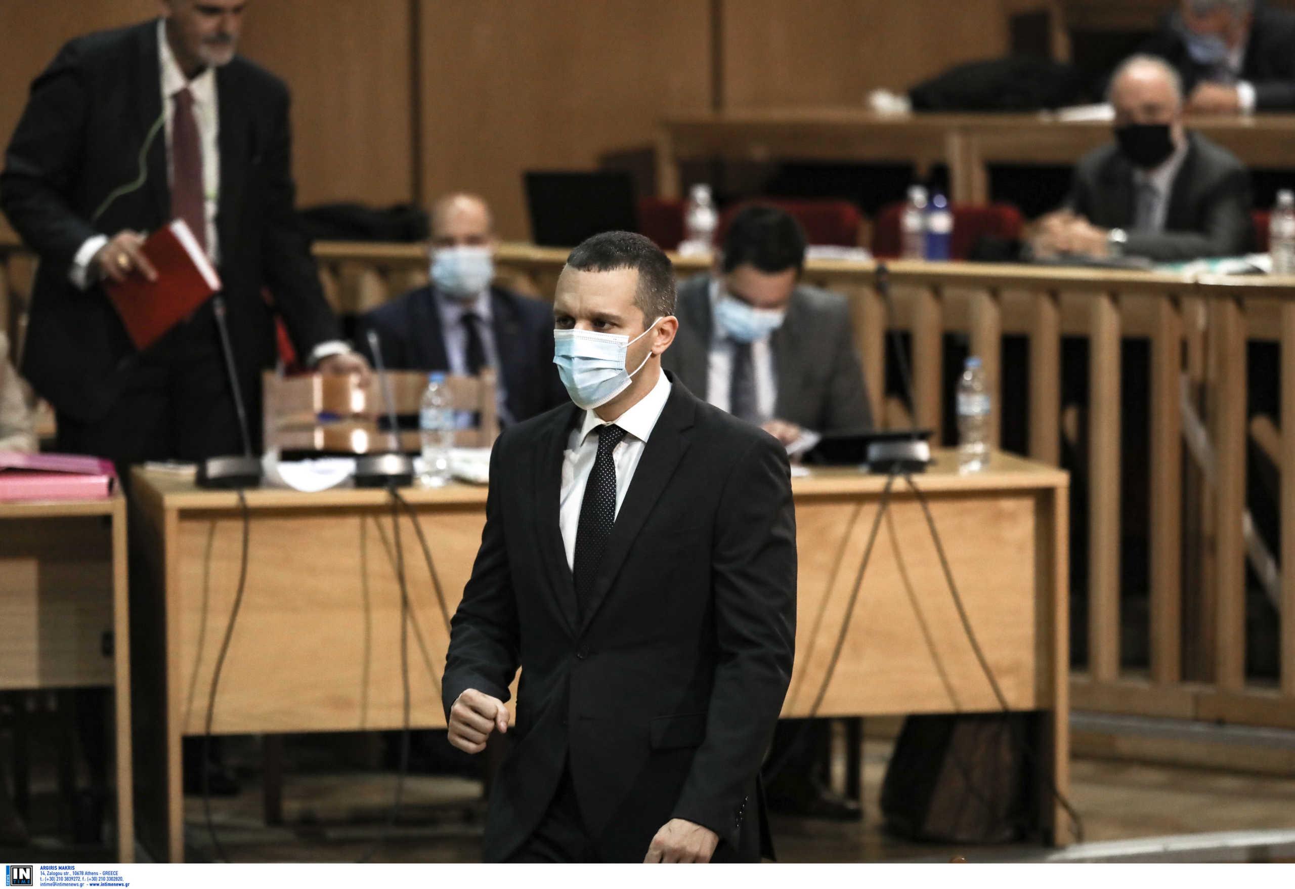 Ηλίας Κασιδιάρης στο δικαστήριο για τη δίκη της Χρυσής Αυγής