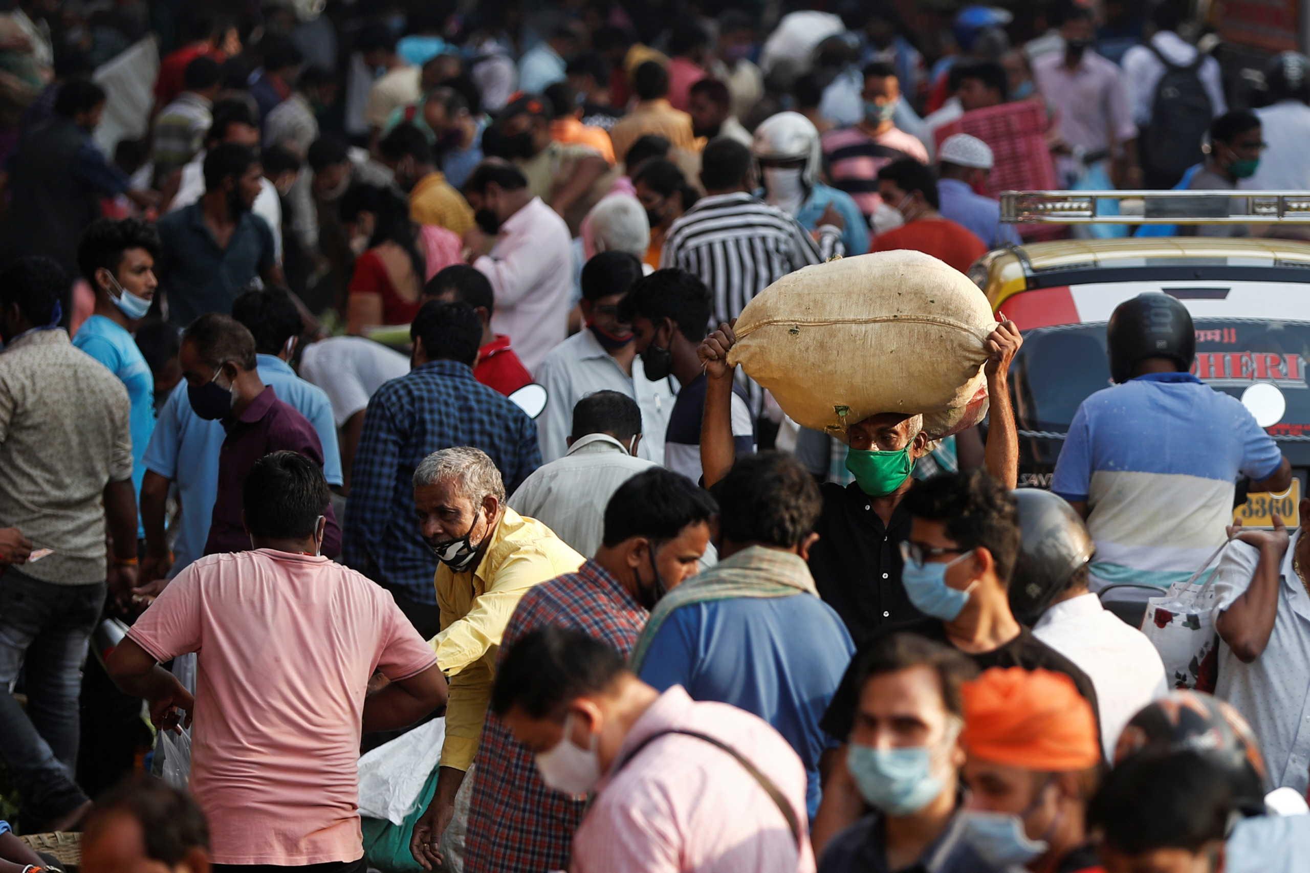 Η Ινδία ξεπέρασε τα 8 εκατ. κρούσματα κορονοϊού