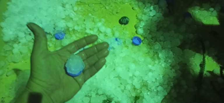 Αγρίεψε ο καιρός στην Κρήτη! Χαλάζι σαν… κάστανο και προβλήματα σε Χανιά, Ηράκλειο