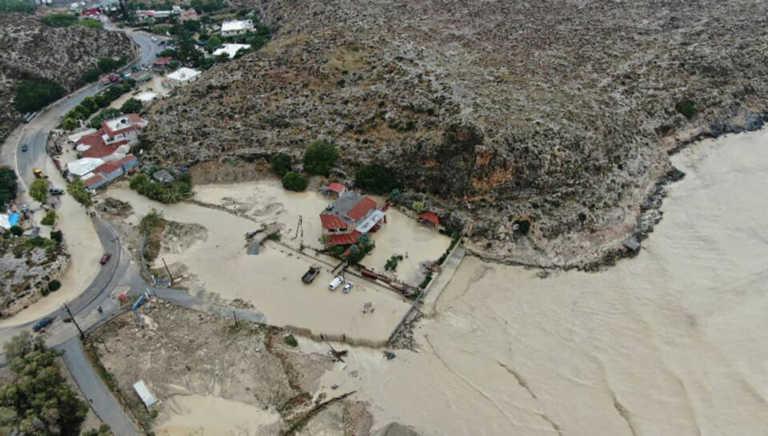 """Ηράκλειο: """"Βούλιαξε"""" ο Καρτερός! Εικόνες απόλυτης καταστροφής (video)"""