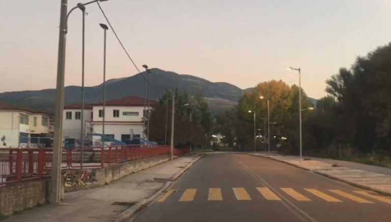 Κορονοϊός: Η Καστοριά κατέβασε ρολά! Δείτε το οδοιπορικό σε μια πόλη έρημη λόγω lockdown (Βίντεο)