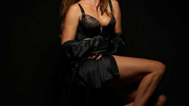 """""""Πυρκαγιά"""" στο διαδίκτυο έβαλε η πρώην συμπαρουσιάστρια του Γρηγόρη Αρναούτογλου"""