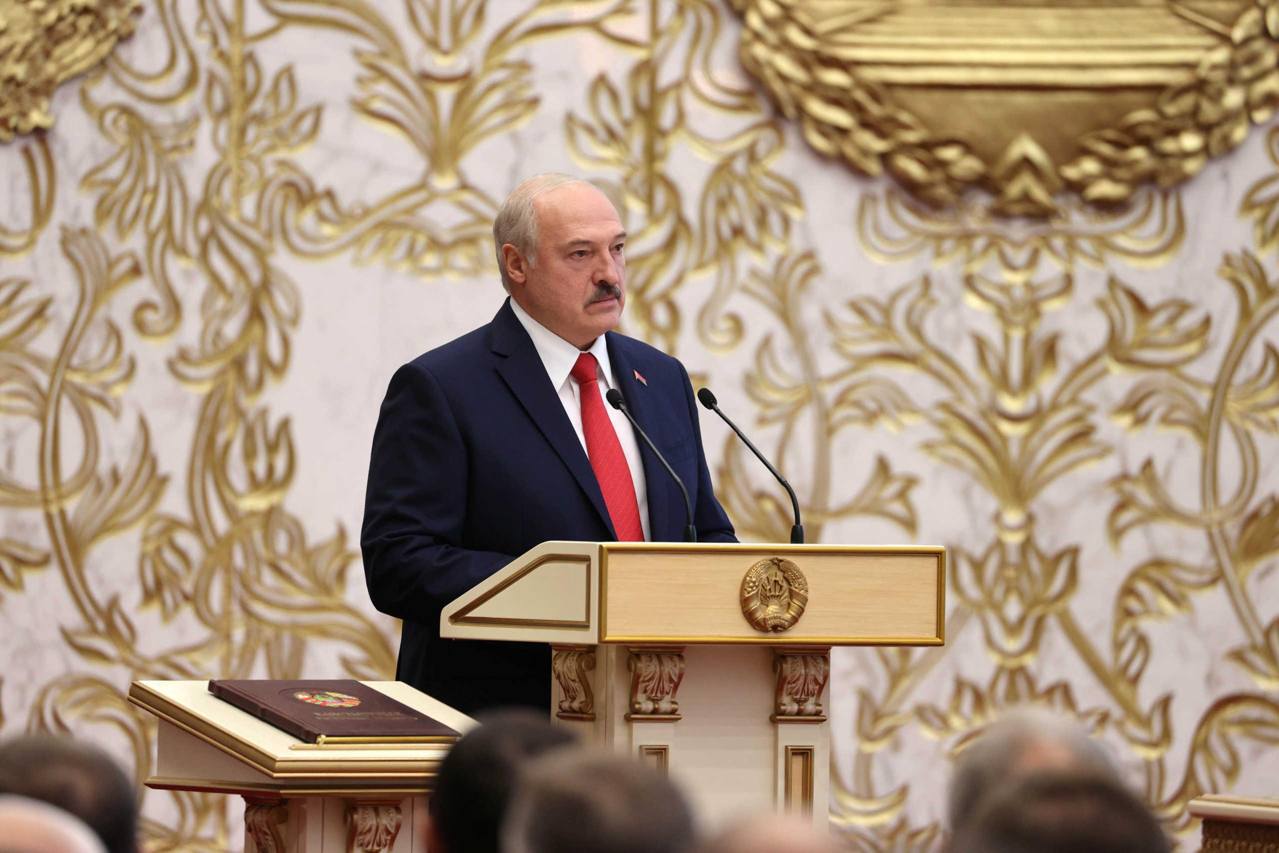 Λευκορωσία: Ο Λουκασένκο μεταφέρει στο Συμβούλιο Ασφαλείας τις προεδρικές εξουσίες αν καταστεί ανίκανος