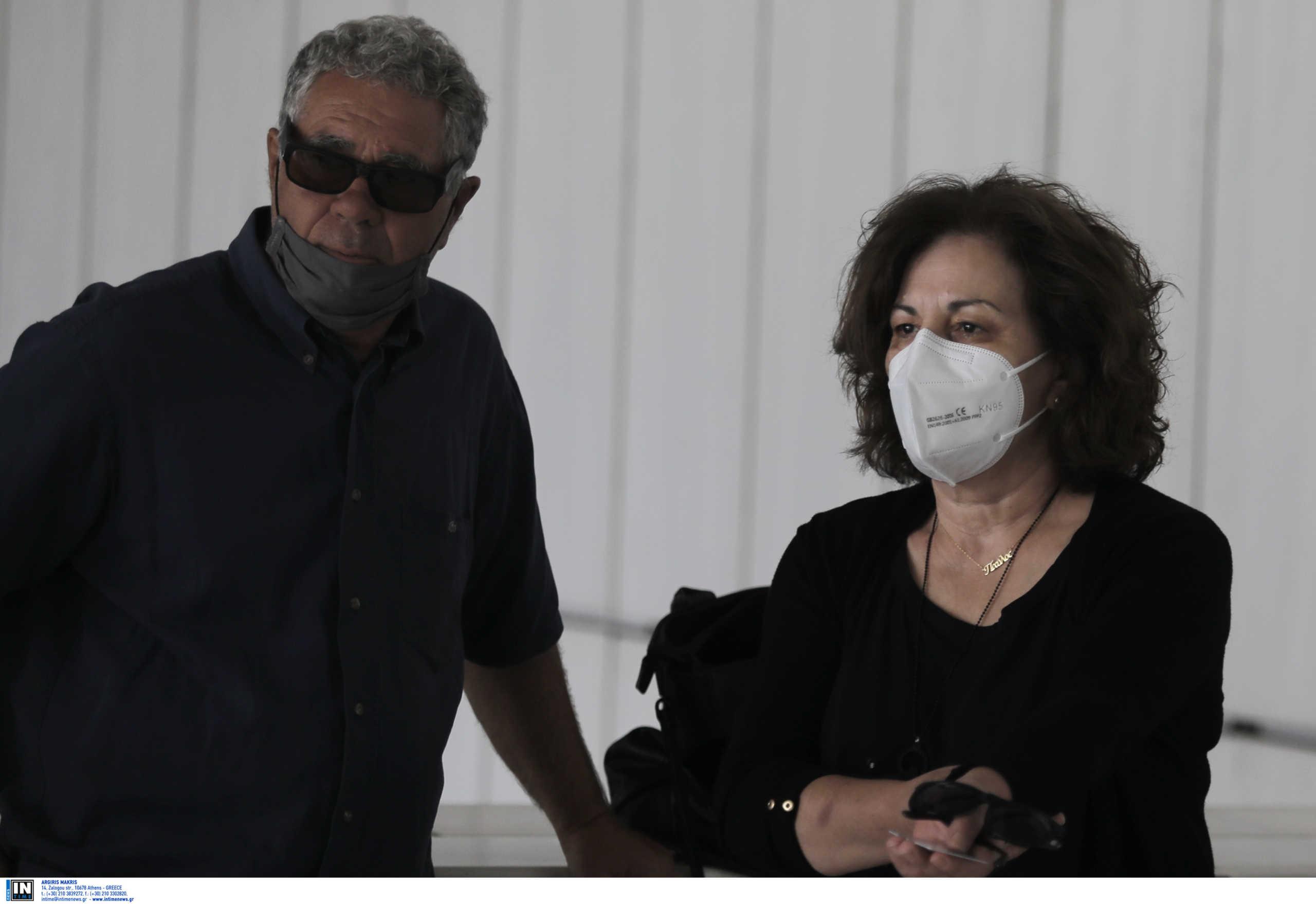 Δικηγόροι οικογένειας Φύσσα: Να αφεθούν άμεσα ελεύθεροι οι Παπαδάκης και Καμπαγιάννης