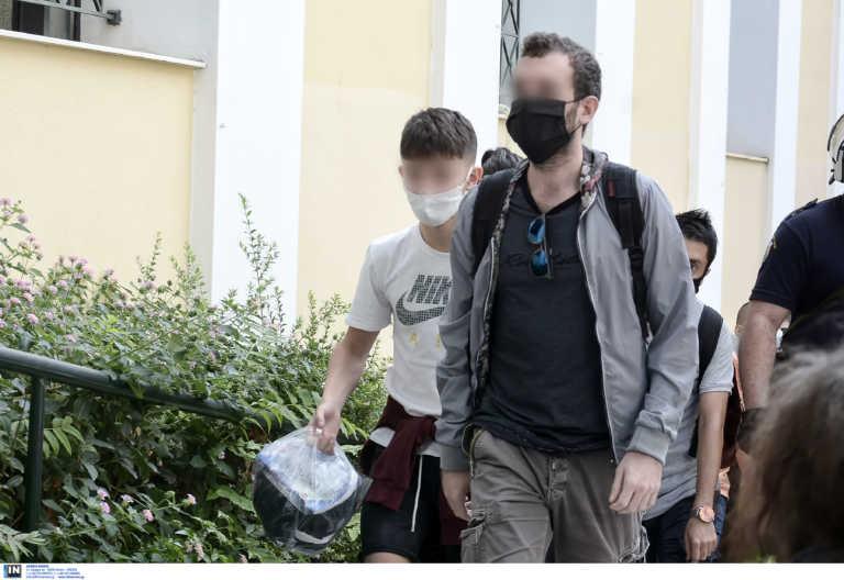 Ελεύθεροι οι πέντε μαθητές που κρατούνταν στην ΓΑΔΑ