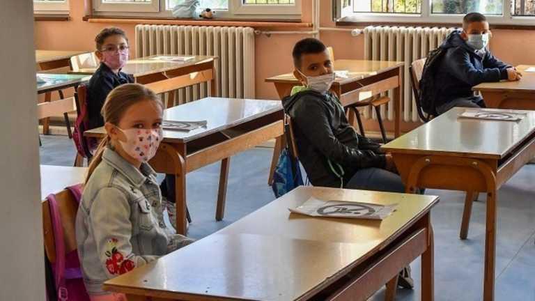 Σχολεία – κορονοϊός: Τα ανοικτά παράθυρα και η γαλαρία που δικαιώνεται
