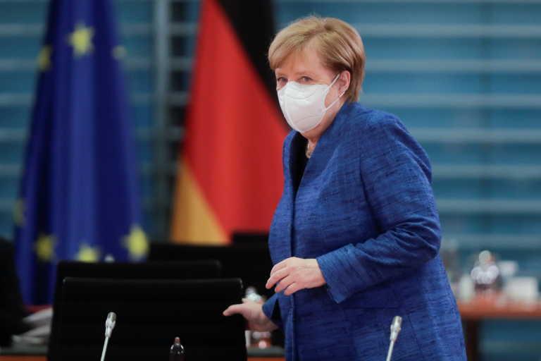 Γερμανία: Η Μέρκελ προειδοποιεί για μέτρα μέχρι τον Ιανουάριο