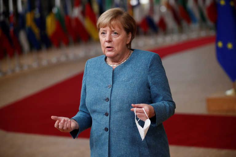 Κορονοϊός: Κλείσιμο όλων των μπαρ στη Γερμανία προτείνει η Μέρκελ
