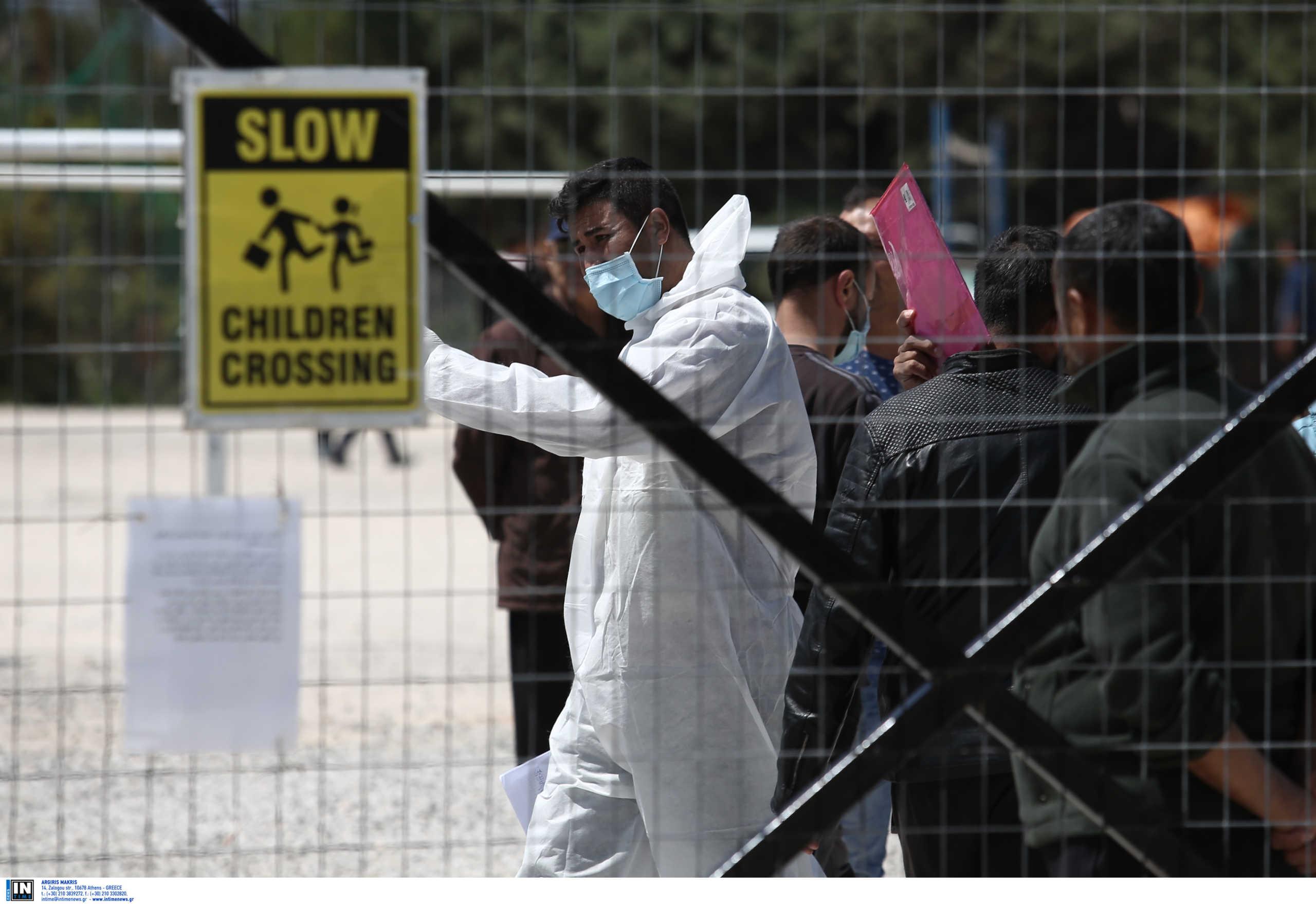«Ξεδοντιάστηκε» κύκλωμα διακίνησης μεταναστών – Χειροπέδες σε 15 αλλοδαπούς δουλέμπορους