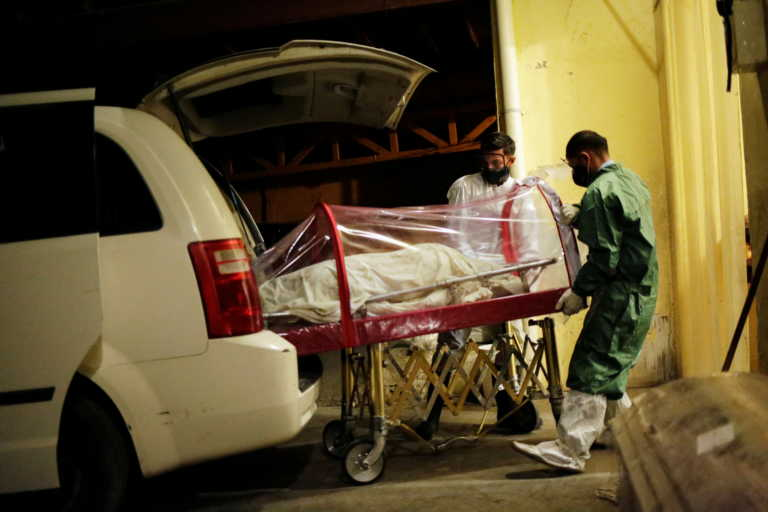 Μεξικό: 6.604 νέα κρούσματα και 418 νεκροί από κορονοϊό