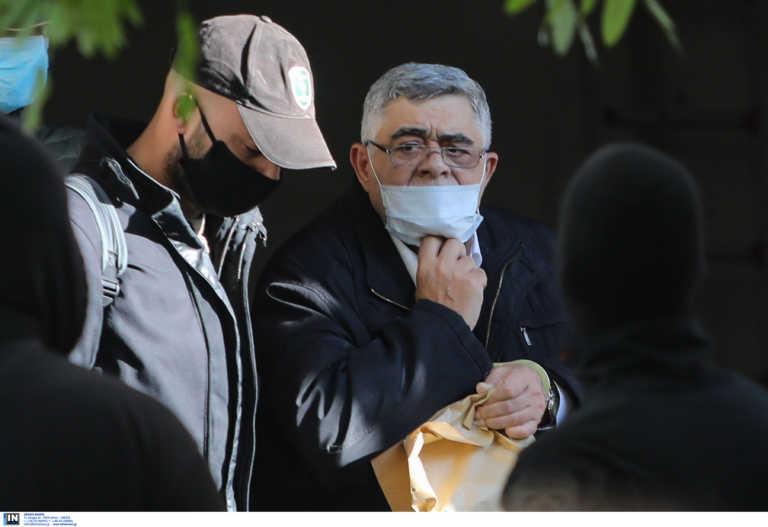 Στις φυλακές Δομοκού Μιχαλολιάκος και Σια – Ζήτω η Ελλάς φώναξε ο Κασιδιάρης (pics, video)