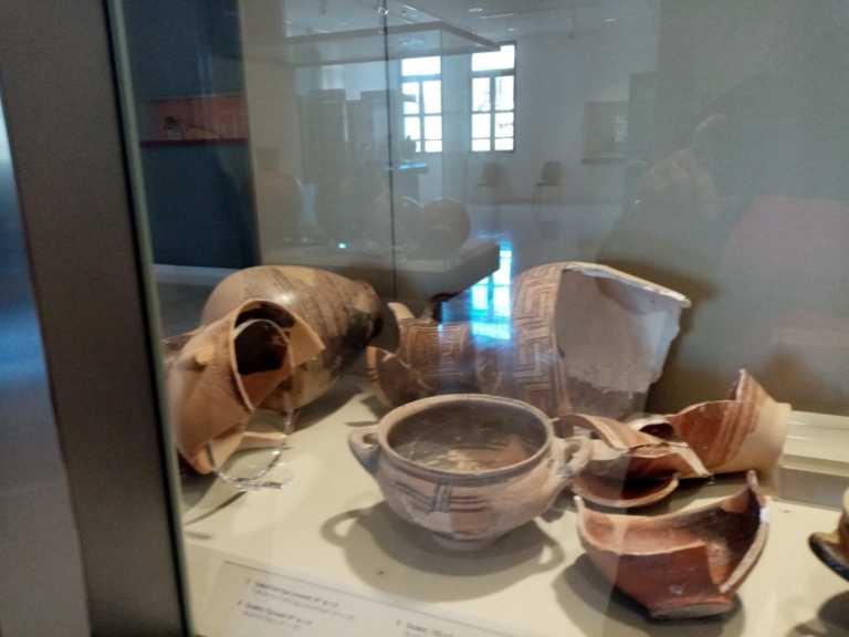 Σεισμός στη Σάμο: Ζημιές στο Αρχαιολογικό Μουσείο Πυθαγορείου (pics)