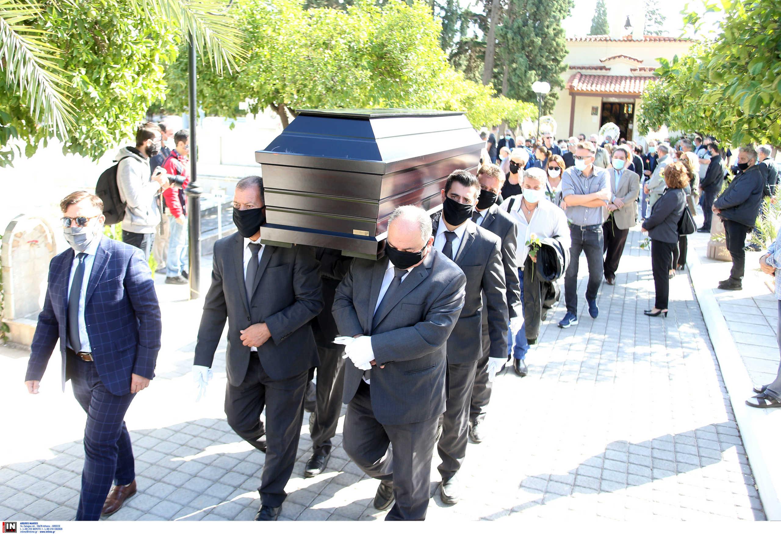 κηδεία Κώστα Μπατή