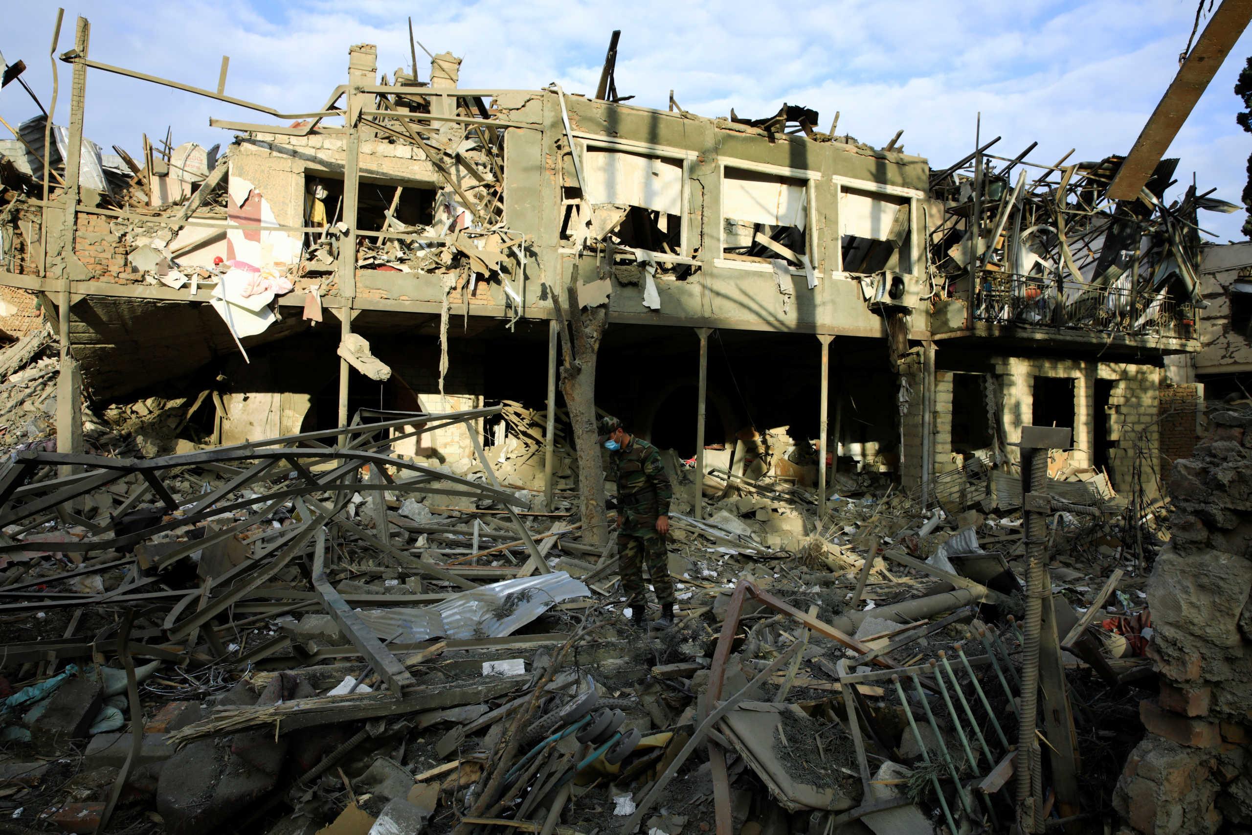 Ναγκόρνο Καραμπάχ: Κατάπαυση του πυρός ζήτησε ο Αμερικανός ΥΠΕΞ Μάικ Πομπέο