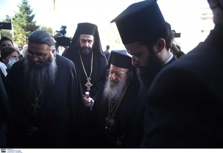 Θεσσαλονίκη: Μάσκες για όλους εκτός από τους… ιερείς στον Άγιο Δημήτριο