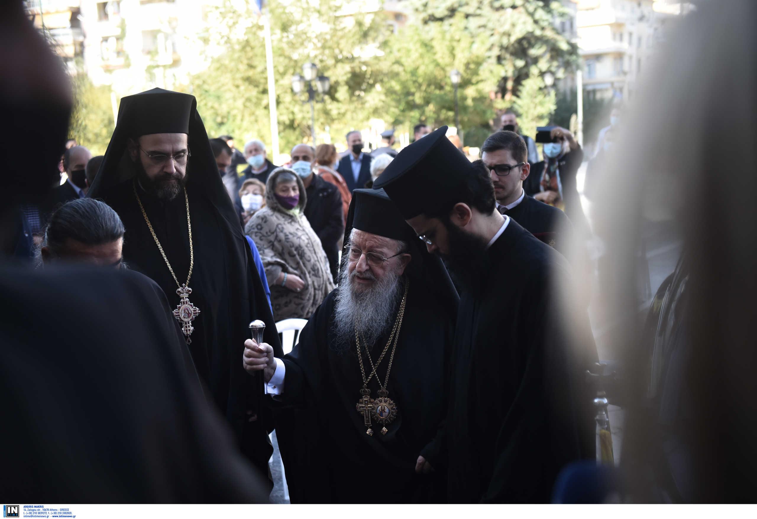 Θεσσαλονίκη: «Φταίει η αστυνομία» – Πήρε θέση με καθυστέρηση η μητρόπολη για τον συνωστισμό στον Άγιο Δημήτριο