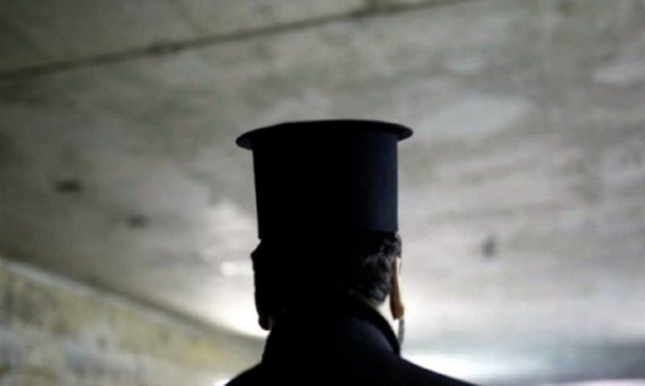 Νοτιοαφρικανική μετάλλαξη κορονοϊού: Γιατί ο ιερέας δεν είχε αντισώματα – «Κλειδί» το πρώτο δείγμα του
