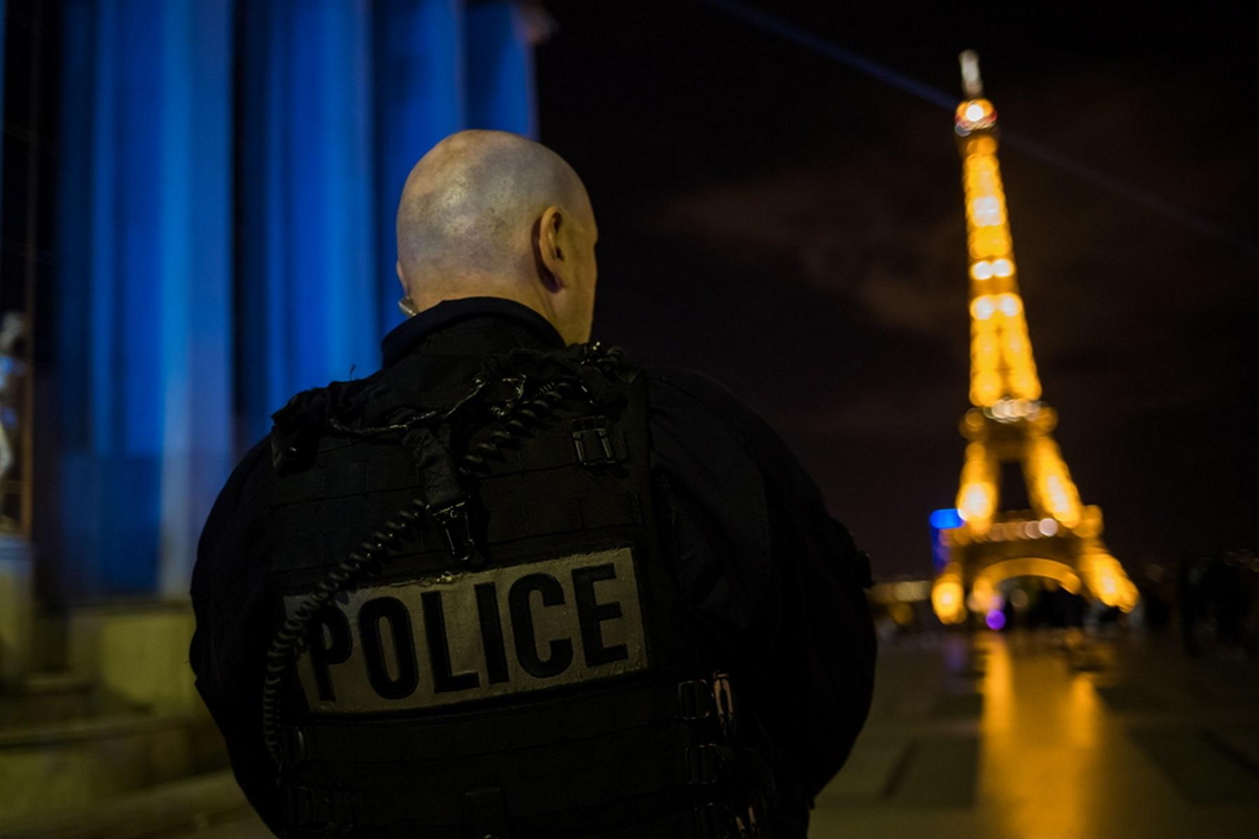 """""""Πάγωσε"""" το Παρίσι με τον αποκεφαλισμό καθηγητή ιστορίας – Είχε δείξει σκίτσα του Μωάμεθ σε μαθητές"""