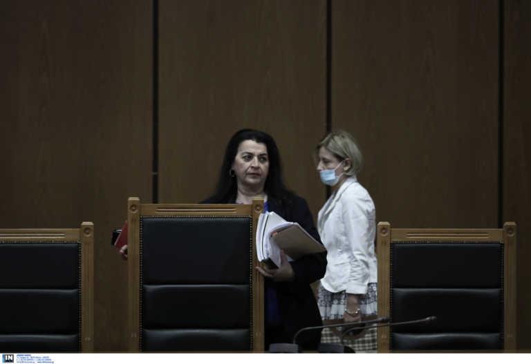 Δίκη Χρυσής Αυγής: Η Πρόεδρος αμφισβήτησε την αγόρευση της εισαγγελέως! Όλοι οι διάλογοι