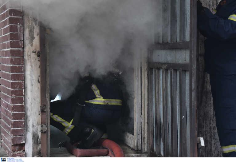 Φωτιά σε εστιατόριο στη λεωφόρο Αμφιθέας