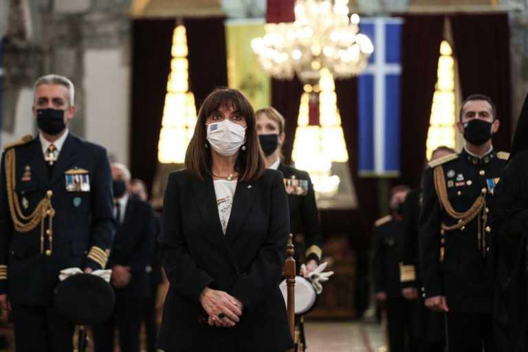 Σακελλαροπούλου: Είμαστε στο πλευρό του Εμανουέλ Μακρόν
