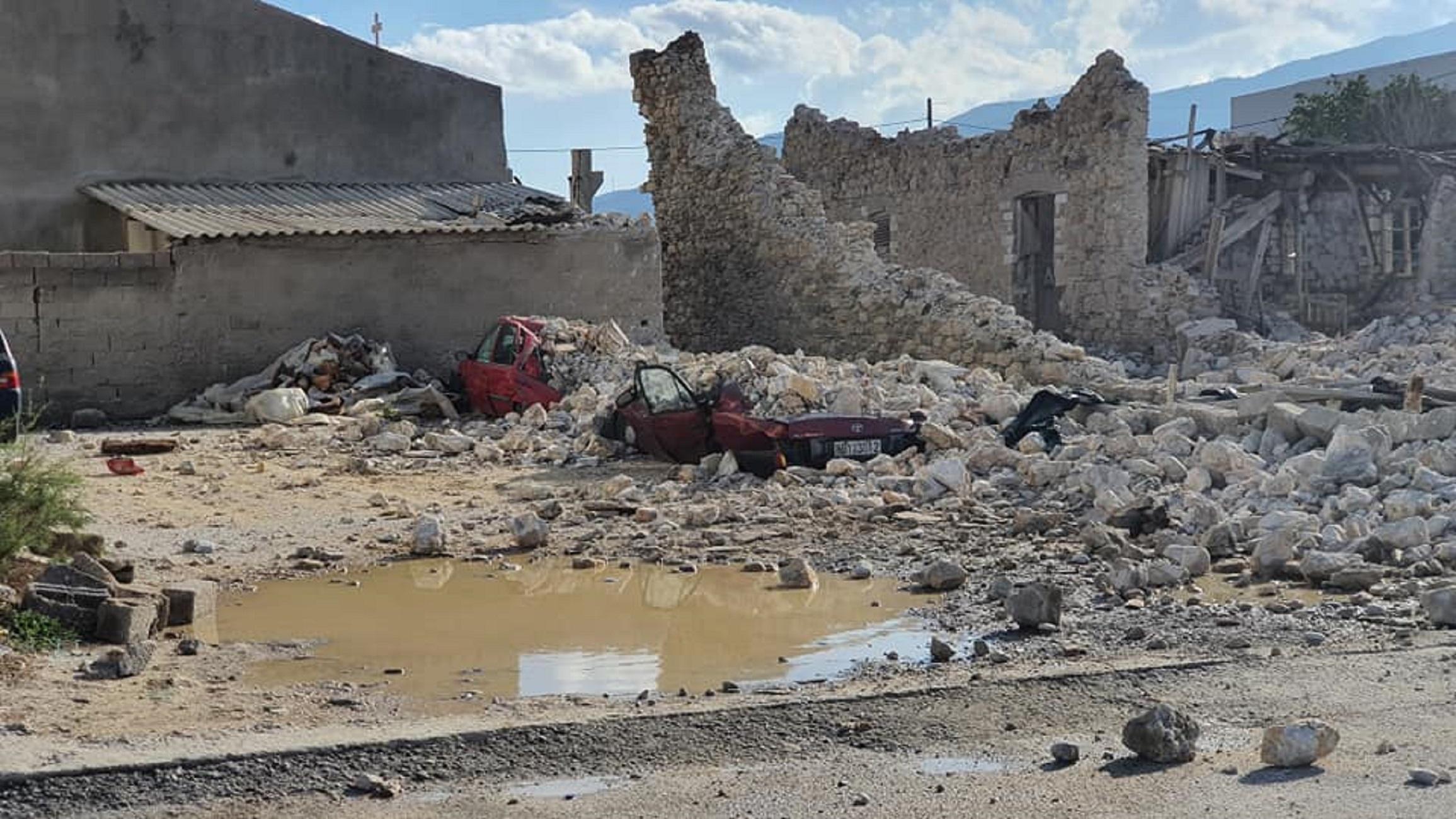 Σεισμός στη Σάμο: Εικόνες σοκ από τις μεγάλες καταστροφές (pics)