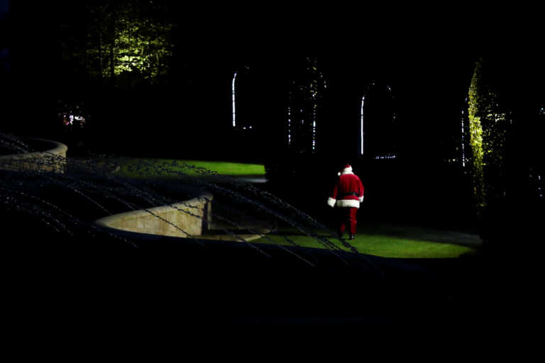 Κορονοϊός: Γεμάτος… αγκάθια ο δρόμος μέχρι τα Χριστούγεννα – Φόβοι για χιλιάδες κρούσματα