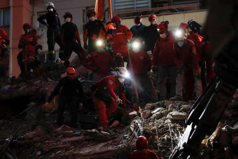 Τουρκία: 37 οι νεκροί του φονικού σεισμού σύμφωνα με τον Ερντογάν