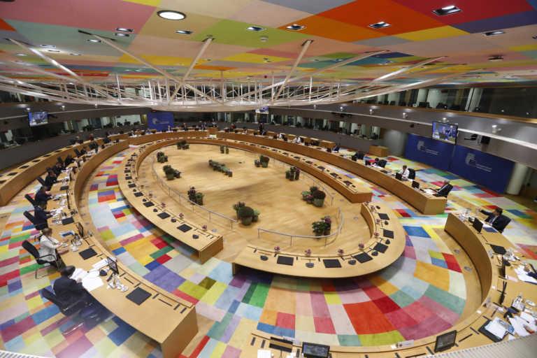 Σύνοδος Κορυφής: Κοινή ευρωπαϊκή φόρμα, «λευκός καπνός» για το εμβόλιο, καταδίκη της Τουρκίας και έκκληση Μέρκελ