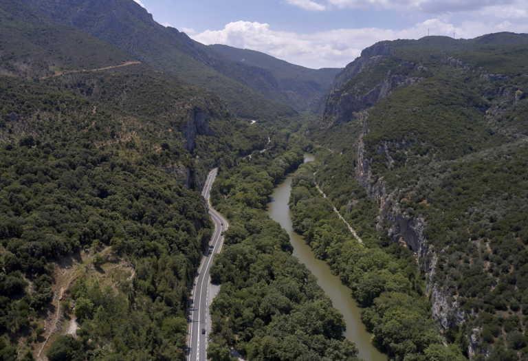 Η παραμυθένια κοιλάδα της Ελλάδας μήκους 10 χιλιομέτρων