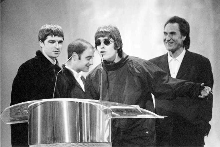 Οι The Kinks γιορτάζουν τα 50α γενέθλια του «Lola Versus Powerman» με πλούσια επανέκδοση