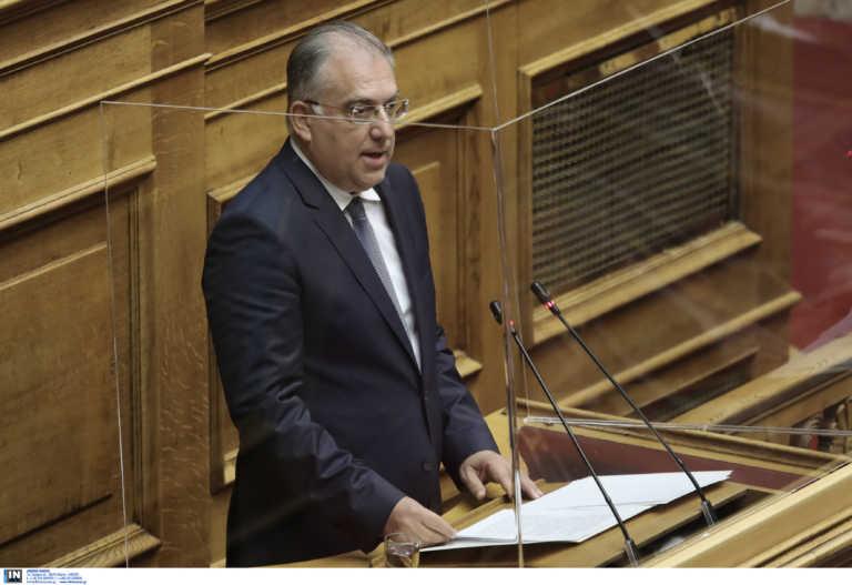 Θεοδωρικάκος: «Η κομματική συσπείρωση του ΣΥΡΙΖΑ δεν επιτυγχάνεται με παλαιοκομματικούς τακτικισμούς»