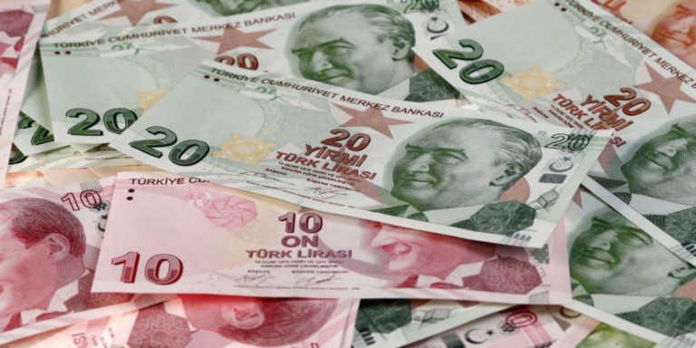 Ο Ερντογάν «πληρώνει» τους λεονταρισμούς απέναντι στις ΗΠΑ: Στα τάρταρα η λίρα!