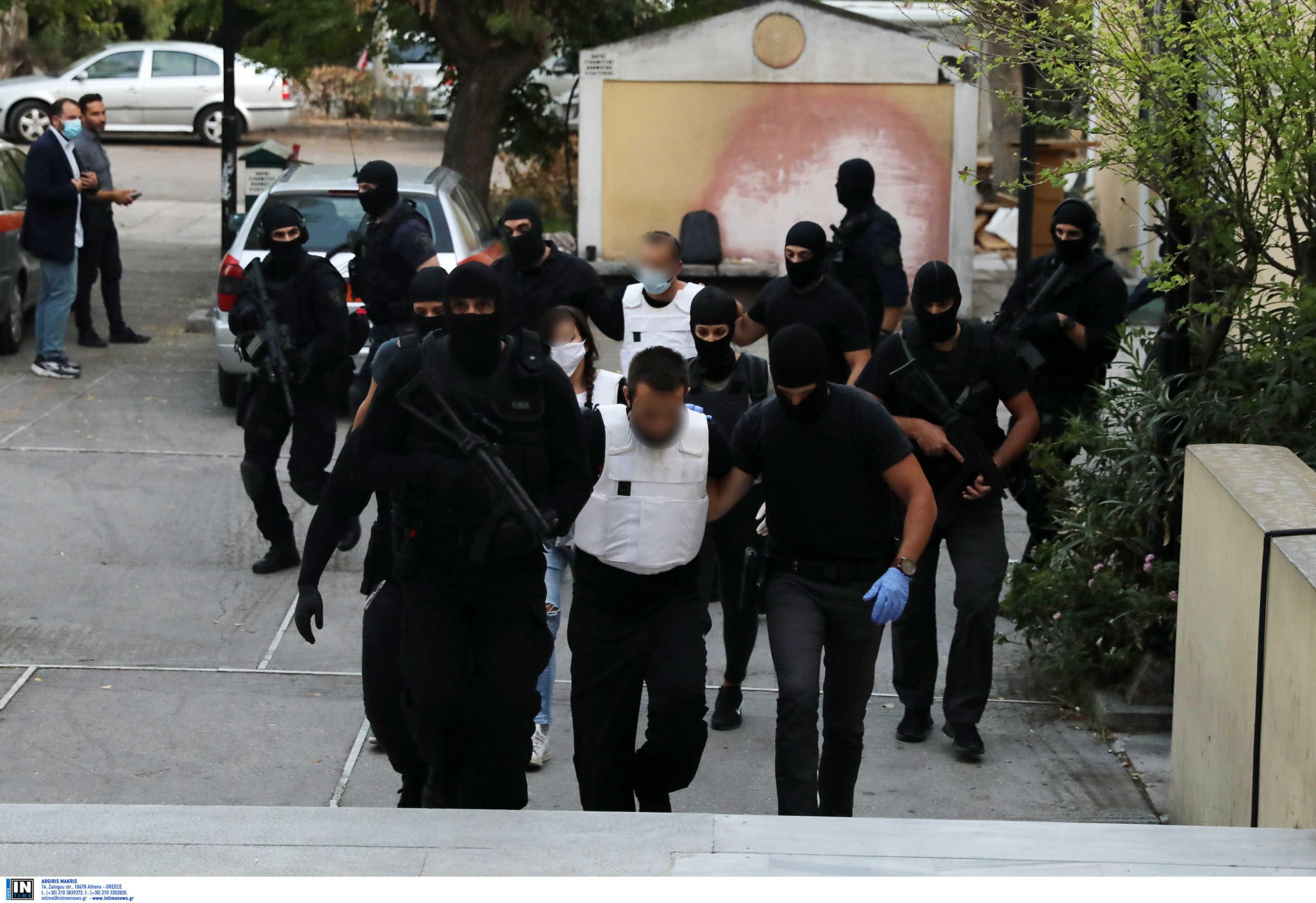 Τρομοκρατία: Αλλάζουν τα δεδομένα μετά το νέο εύρημα στο σπίτι του 42χρονου